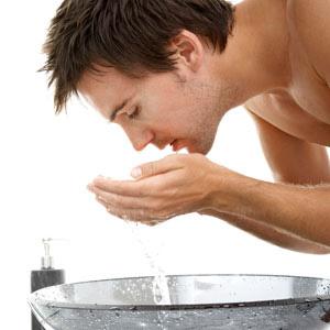 Se lava la zona afectada con la misma infusión.